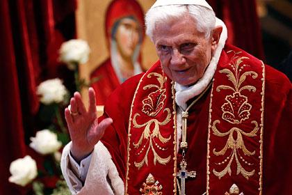 Папа Римский решил оставить престол