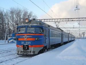 Смолянин, попавшийся на краже в поезде, выпрыгнул из состава и покалечился