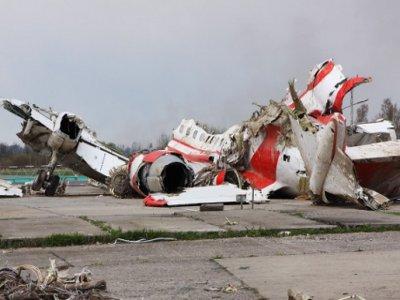 Обломки польского лайнера перед отправкой на родину перевезут на другой аэродром