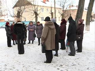 В Ельне накаляется конфликт между жителями и руководством МУП «Ельняводоканал»