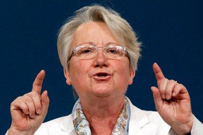 Министра образования Германии лишили ученой степени