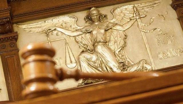 Юридические услуги: как себе помочь?
