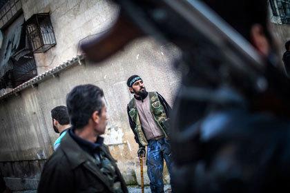 Франция пообещала вооружить сирийских повстанцев