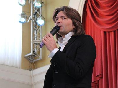 Дмитрий Маликов провел «Урок музыки» для смоленских детей