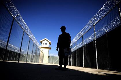 США окончательно передали Афганистану контроль над тюрьмой Баграм