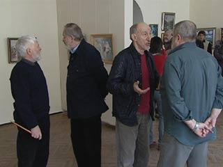 В Смоленске открылась выставка-продажа художника Евгения Дроздова