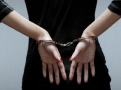 Юную особу посадили за вовлечение несовершеннолетней подруги в кражу