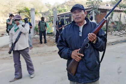 Мексиканские дружинники захватили город