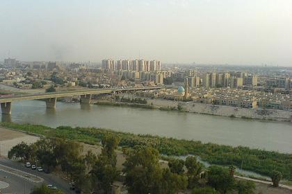В центре Багдада затонул плавучий ресторан со 150 пассажирами