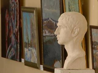 Молодые художники представили свои работы на выставке в СмолГУ