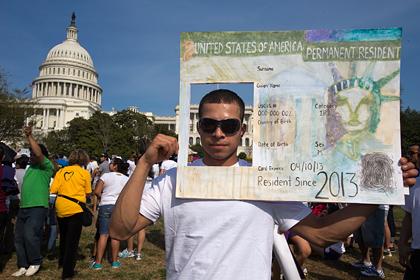 В США прошли массовые демонстрации в поддержку нелегалов