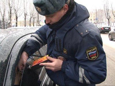 За тонировку на стеклах машин гаишники за день оштрафовали 41 автомобилиста