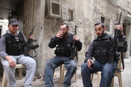 Обама выделил сирийским повстанцам 10 миллионов долларов