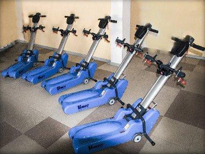 Для инвалидов-колясочников закупили шесть ступенькоходов