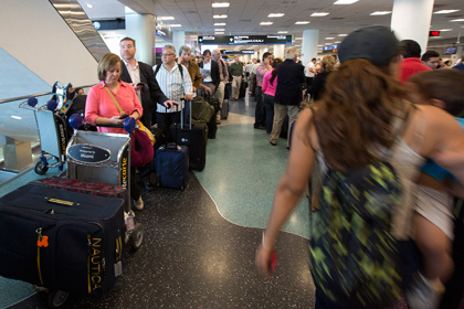 Аэропорт Майами эвакуировали из-за подозрительного предмета