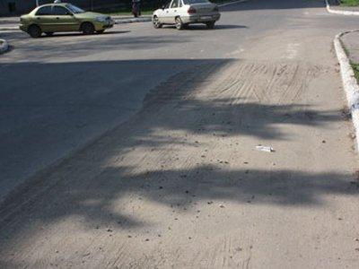 Для уборки песка с улиц Смоленска удвоили количество спецтехники