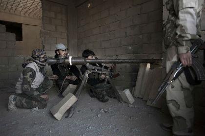 Страны ЕС сняли эмбарго на поставку оружия сирийским повстанцам