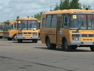 Для юных жителей смоленской глубинки приобрели новые школьные автобусы