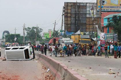 Жертвами беспорядков в Бангладеш стали 37 человек