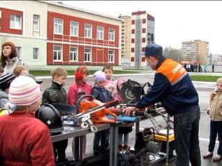 Смоленские огнеборцы отметили День пожарной охраны