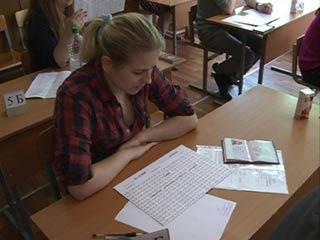 Смоленские выпускники сдают последний ЕГЭ