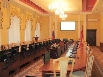 Депутаты снова не пришли на объявленную Данилюком сессию
