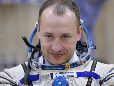 Смолянин впервые вышел в открытый космос