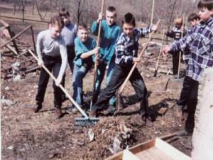 Школьники помогут коммунальщикам очистить город от грязи