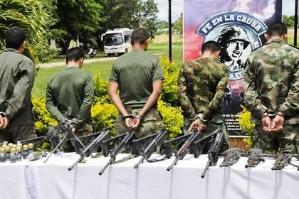 В Колумбии повстанцы убили 15 военнослужащих