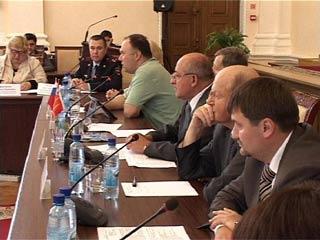 В Смоленске обсудили, как провести думские выборы без фальсификаций