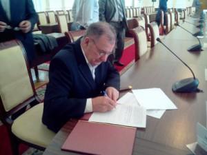 Только шесть партий согласились подписать меморандум о честных выборах