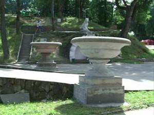 Чаши Микешина стали украшением смоленского центрального парка