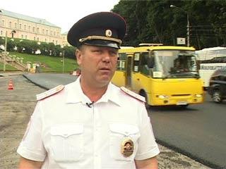 Смоленские полицейские следят за безопасностью на дорогах во время их реконструкции