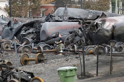 Железнодорожники обвинили в крушении поезда в Канаде пожарных