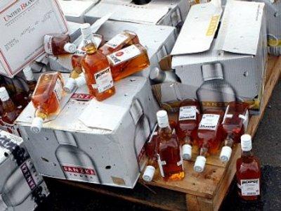 У торговца безакцизным алкоголем изъяли продукцию на 6,5 миллиона рублей