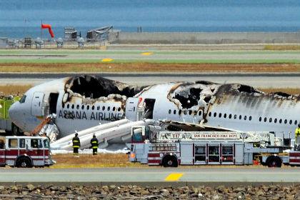 Пилот разбившегося в Сан-Франциско самолета рассказал об ослепившей его вспышке
