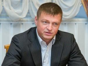 Алашеев распорядился отмыть Большую Советскую к приезду патриарха