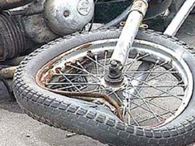 Двух рославльчан-пенсионеров на мотоцикле сбили немецкие легковушки