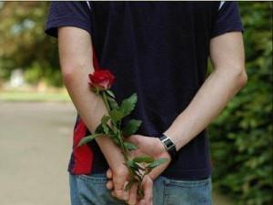 Вместо девушки с сайта знакомств на рандеву со смолянином пришли злоумышленники