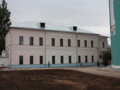 Столичные строители восстановили пристройку к зданию соборного комплекса