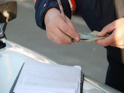 Лишенный прав смолянин стал ездить по поддельной белорусской «корочке»