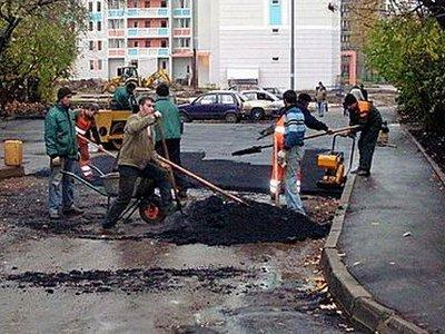 Ремонтировать дороги в Смоленске продолжат и после юбилея города