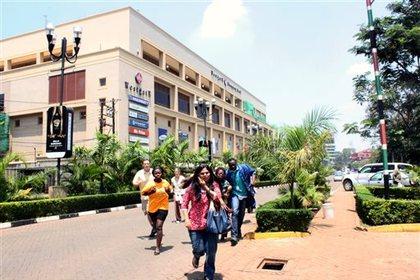 В Найроби начался штурм удерживаемого террористами торгового центра