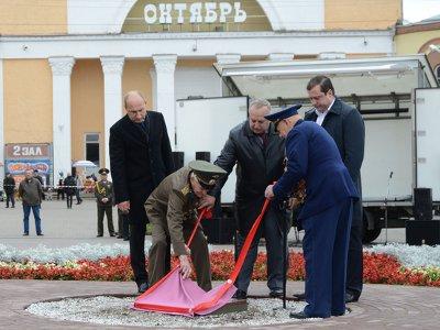 В Смоленске заложили памятный камень в основание обелиска воинам-освободителям