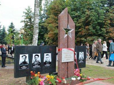 В Сафонове возвели мемориальный комплекс в честь земляков-героев