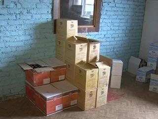 В Смоленске обнаружили склад с контрафактным алкоголем