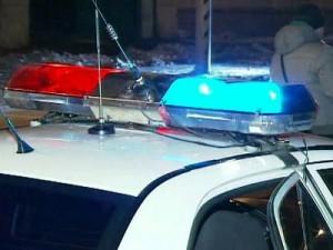 Полицейская машина на обледенелой трассе попала в ДТП