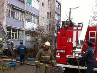 Хозяйка квартиры по улице Академика Петрова обожглась в собственной постели