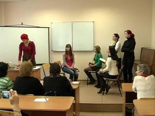 Смоленские студенты обсудили, куда движется «Паровоз» российской поэзии