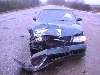 Автоледи сломала ключицу из-за попытки шофера «Ауди» обогнать ее ВАЗ